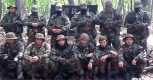 Rustam Asildarow i jego ludzie już po połączeniu sił z Państwem Islamskim / fot. Twitter